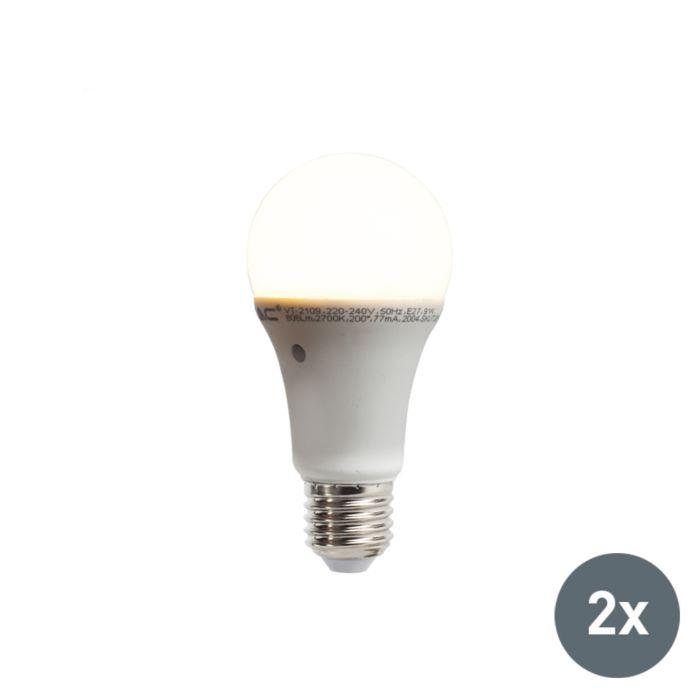 Sada-2-LED-žiaroviek-so-zabudovaným-snímačom-svetlo-tma-E27-9W-806-lúmen-teplá-biela-2700K
