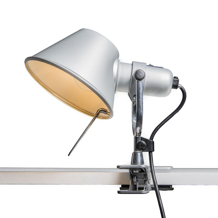 Stolná-lampa-Artemide-nastaviteľná---Artemide-Tolomeo-Pinza