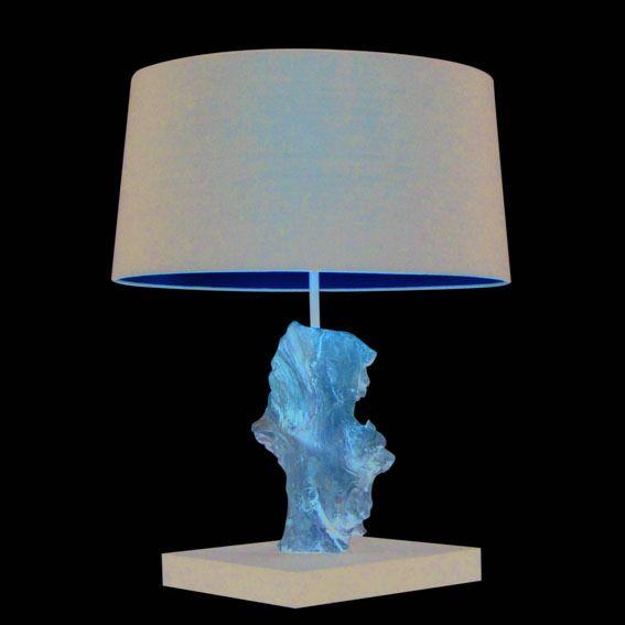 Stolová-lampa-Suchin-natural-s-čiernym-tienidlom