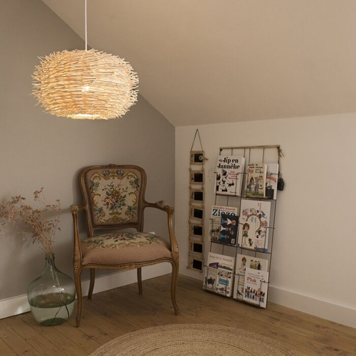 Vidiecka-závesná-lampa-biely-ratan---poklop-45